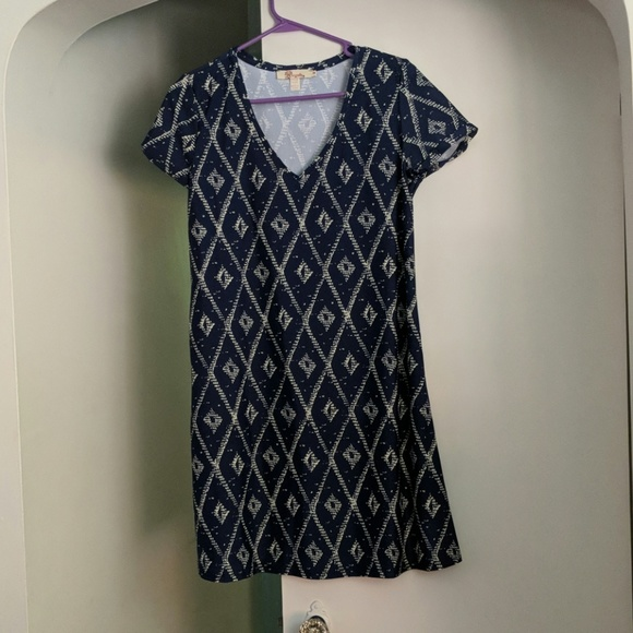Aryeh Dresses & Skirts - Shift dress